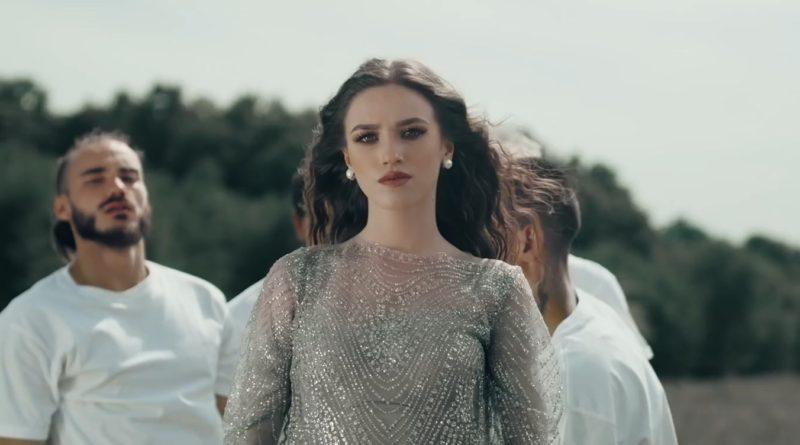 Ioana Ignat - Sensibil / перевод