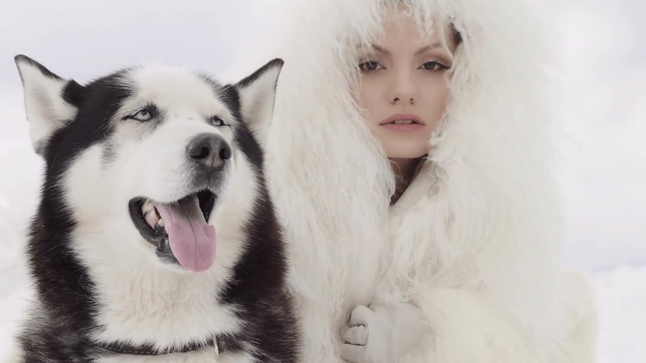 Ecoute — Alexandra Stan (Видеоклип) | Румыния