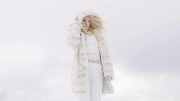 Ecoute – Alexandra Stan (Видеоклип) | Румыния