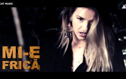 Ela Rose feat Cortes — Mi-e frica (перевод)